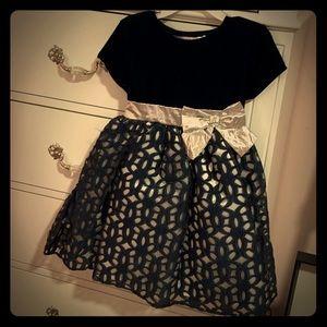 Beautiful dress. Size 4t